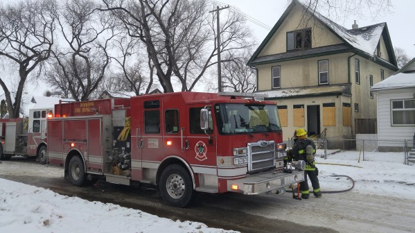 WFPS crews respond to a fire at a house on Manitoba Avenue, Sunday, January, 17, 2021. (Photo: Northern Plains Freelancer)