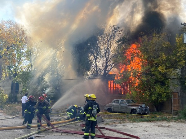 Winnipeg firefighters battled a large fire at a warehouse in Point Douglas on Tuesday. (Photo: Harrison Powder/Northern Plains Freelancer)